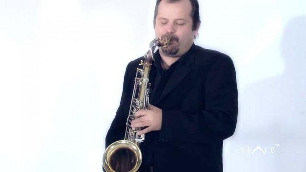 Roberto-Manzin-Space-UK